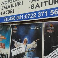 Minek örül Hruşcă mindenütt?