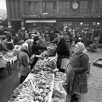745. Múltidéző - Garay téri piac
