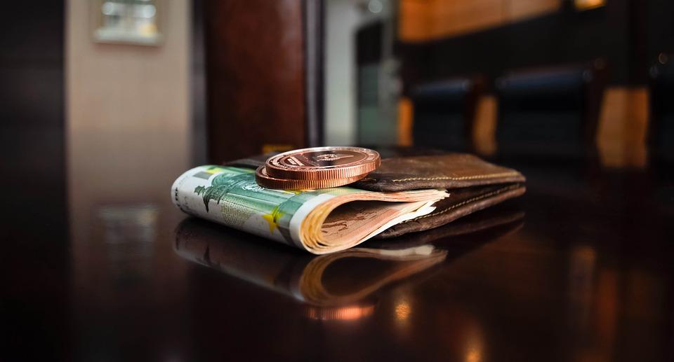 banknote-1396351_960_720.jpg