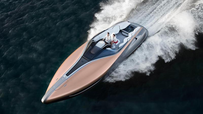 lexus motorcsónak száguld a vízen - exkluzív - gazdag - prémium - luxus - presztízs