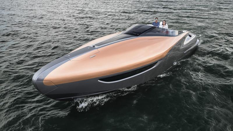 lexus motorcsónak kívülről - exkluzív - gazdag - prémium - luxus - presztízs