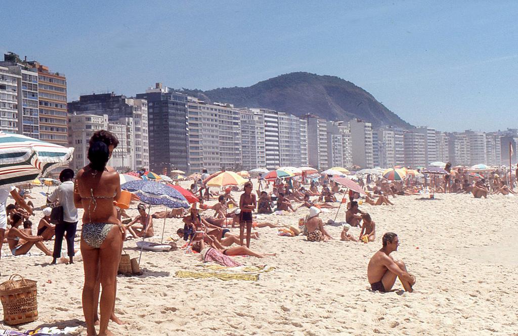 copacabana beach nappal
