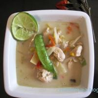 Thai kókuszos csirkeleves