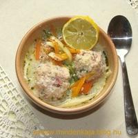 Tárkonyos sonkagombóc leves