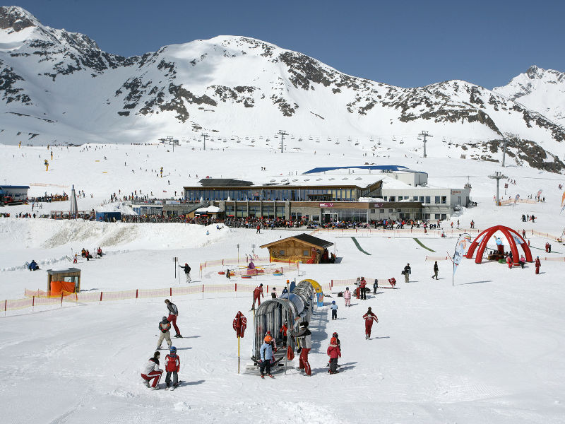 1258702647d_ski-camp_areal.jpg