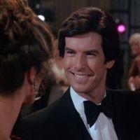 Remington Steele - Lornate-nak vesznie kell