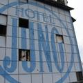 Elhagyatva Miskolcon: A Juno szálló egykor és most - videóval