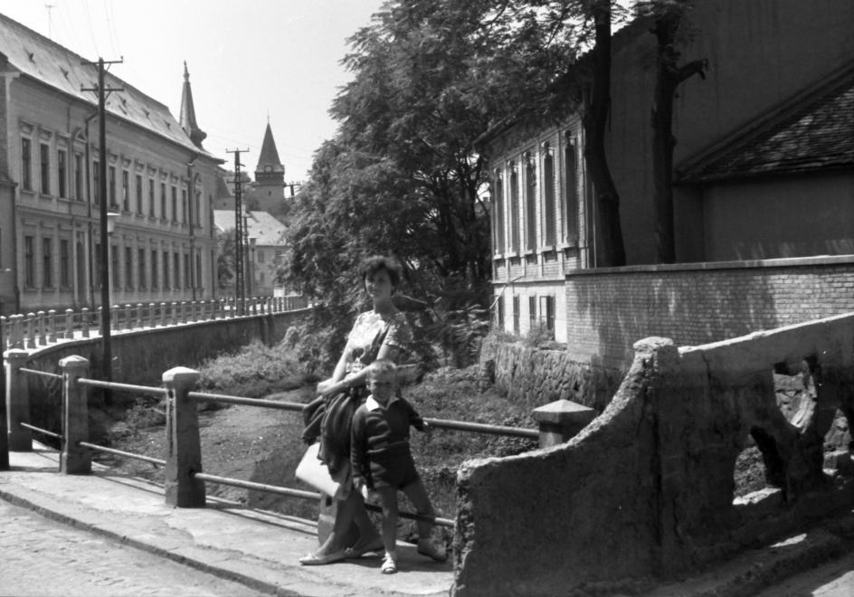 1964_szinva_kohid_a_kandia_utcanal.jpg