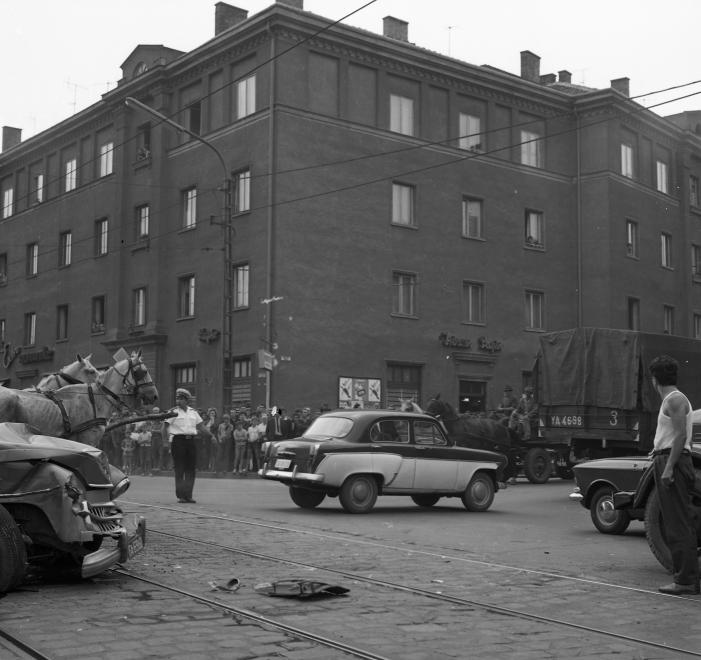 1968_bajcsy-zsilinszky_ut_soltesz_nagy_kalman_utca_keresztezodes.jpg