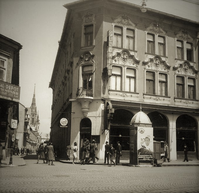 1943_szechenyi_utca_kossuth_lajos_utca_sarka_pannonia_szallo.jpg