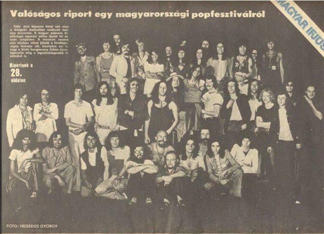 A fellépők csoportképe