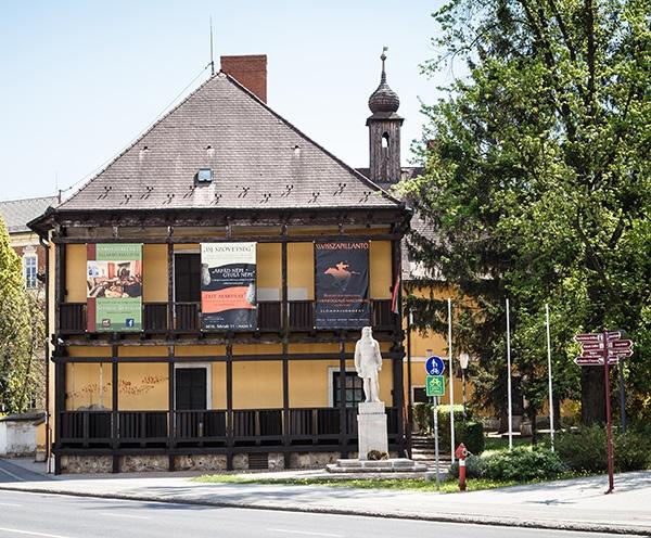30538-herman-otto-muzeum-papszeri-kiallitasi-epulete-1467291238.jpg