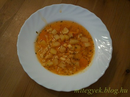 Reszelt tészta leves (tejmentes, tejfehérje mentes, laktózmentes, szójamentes)