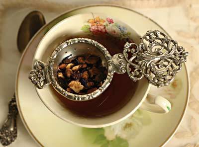 victorian_tea_strainer.jpg