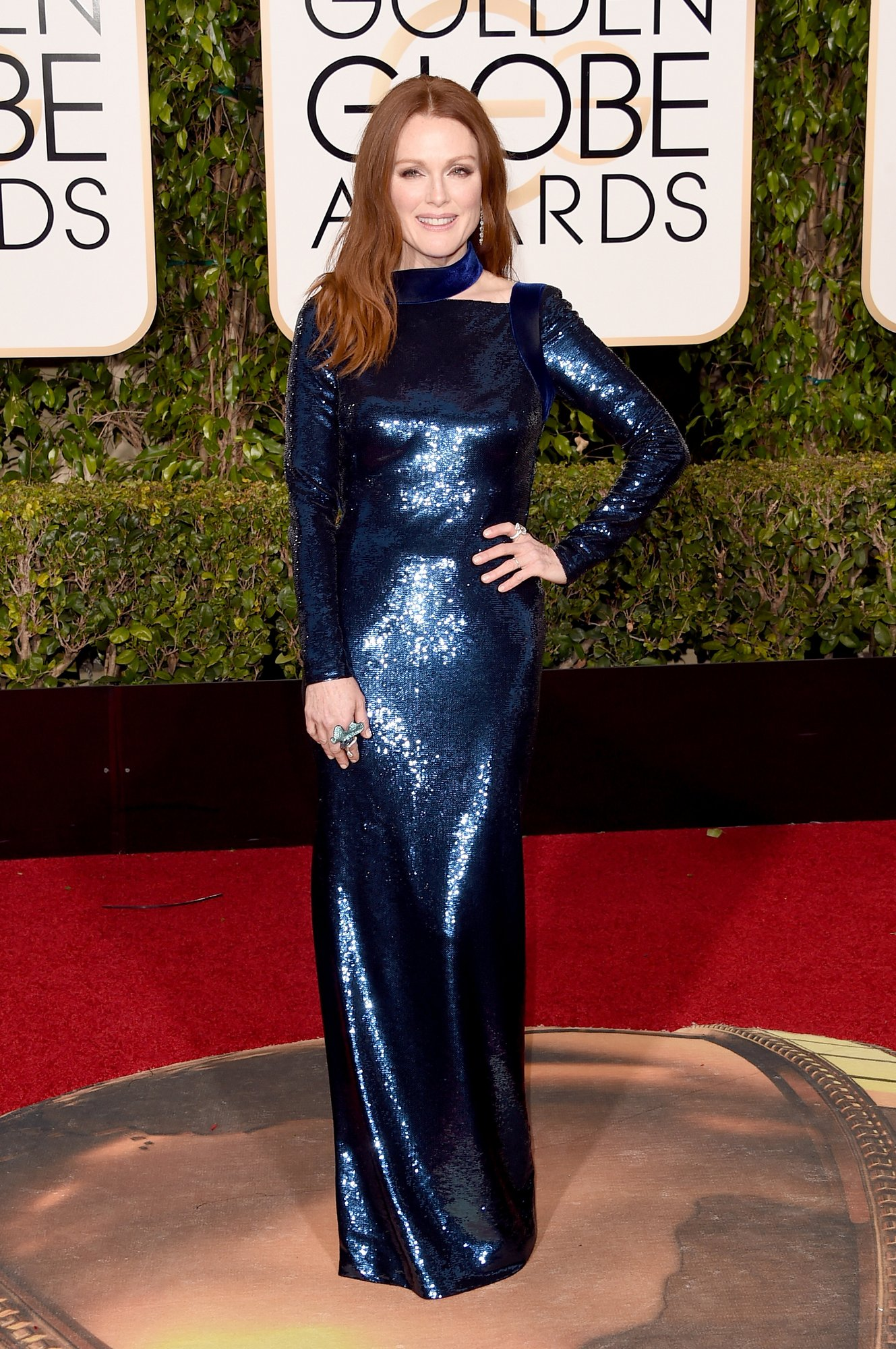 julianne-moore-golden-globes-2016_1.jpg