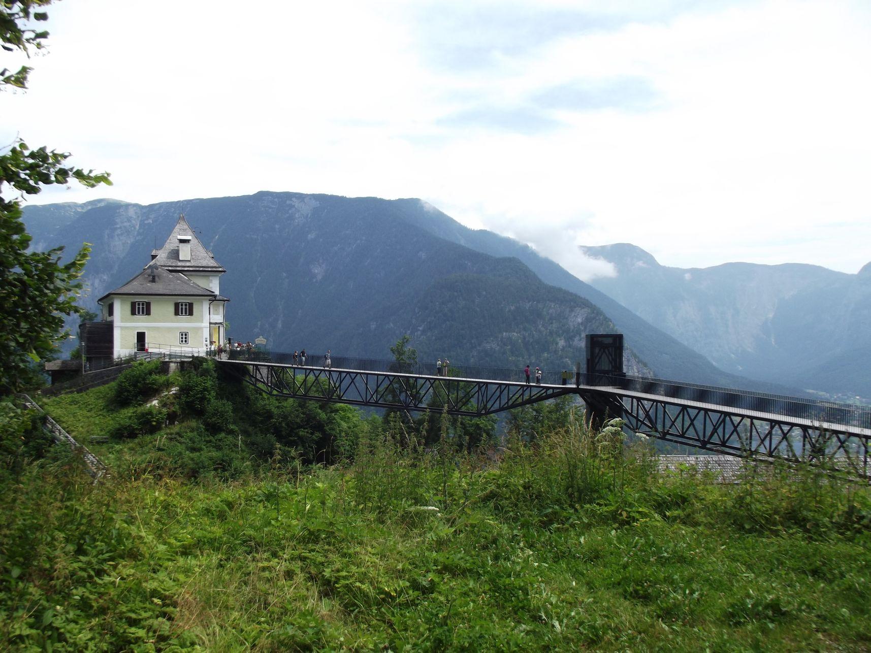 A híd, a panorámalift és a Rudolfsturm