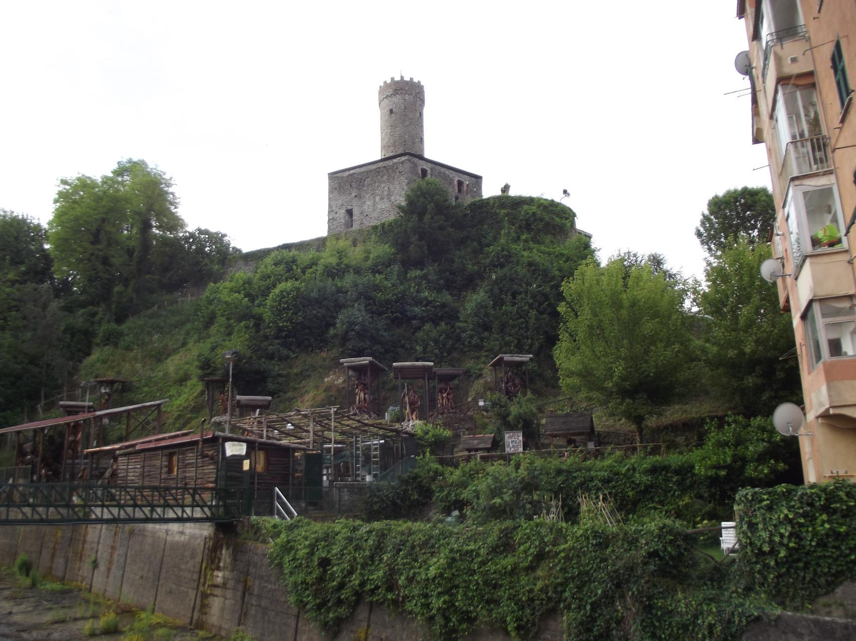 Szoborpark a vár alatt