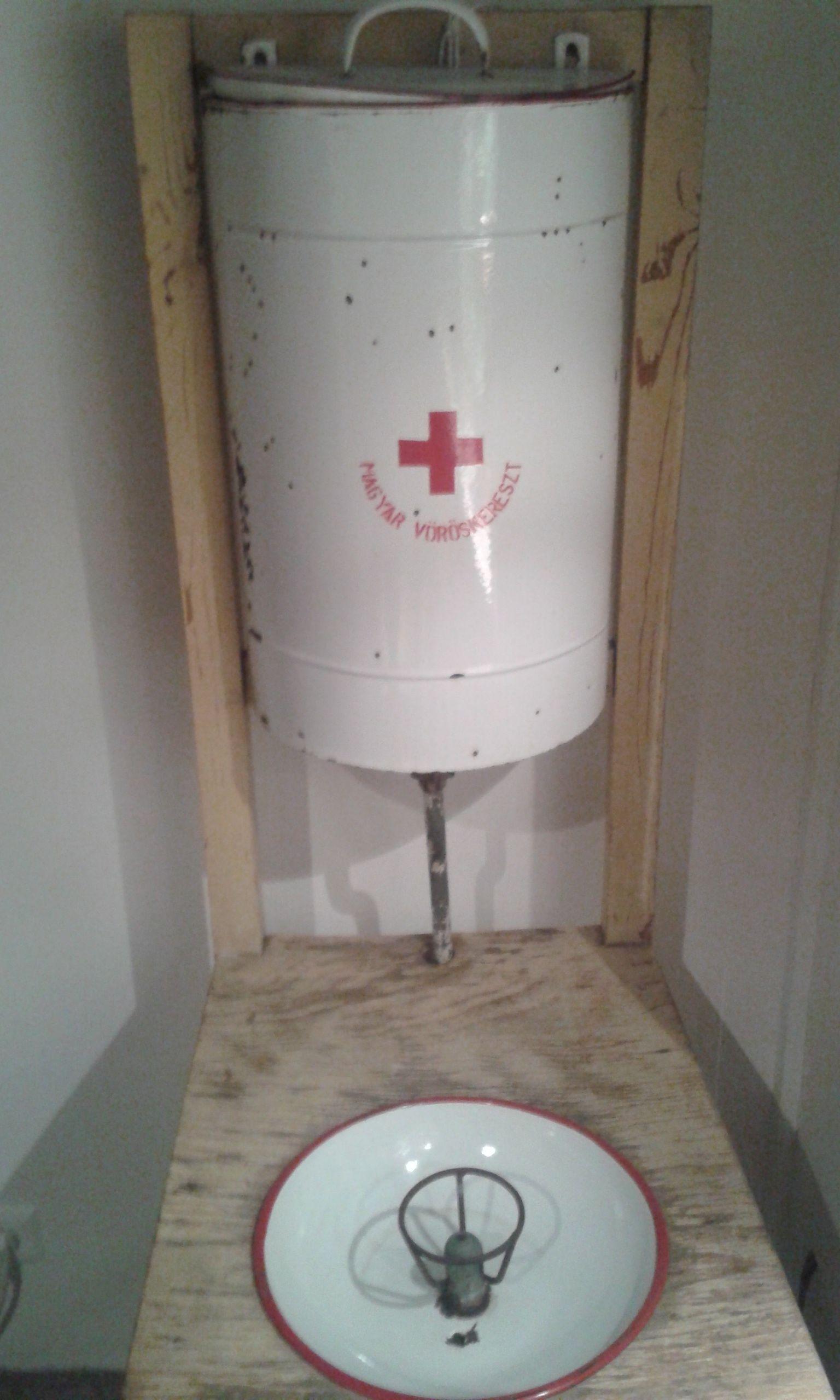 10 - Vöröskeresztes ivókút