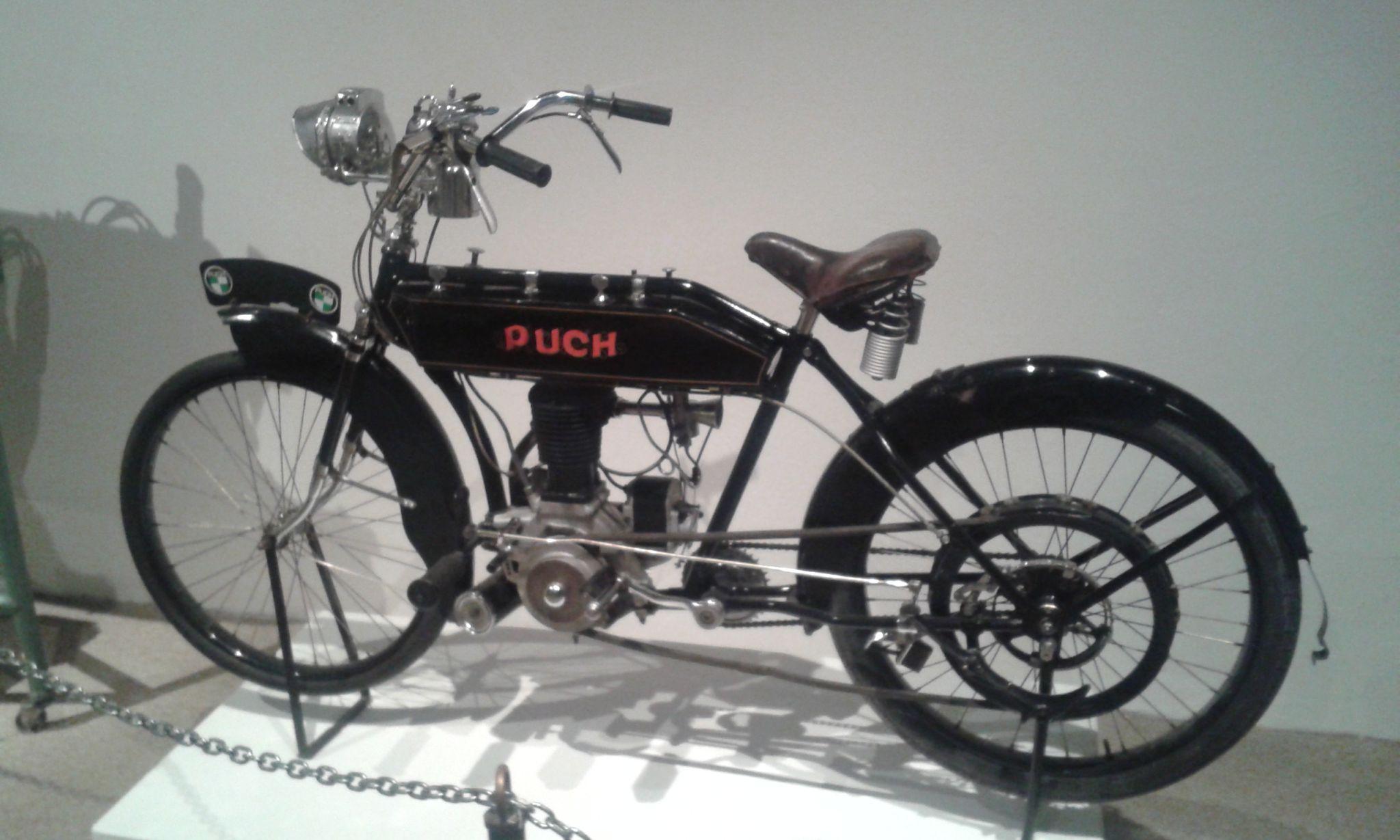 12 - Puch motorkerékpár