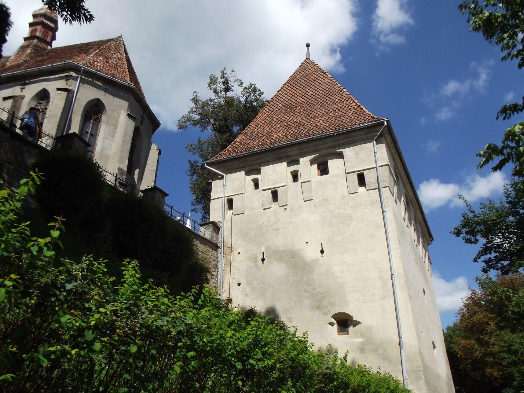 Kovácsok tornya, a falon kívülről
