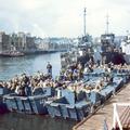 FOTÓ: A D-nap 2. - A szövetséges hajóhad és az ejtőernyősök támadása