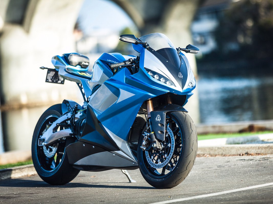 if-youve-got-a-need-for-speed-your-best-bet-is-lightning-motorcycles-ls-218-that-the-company-claims-is-the-fastest-production-motorcycle-in-the-world-it-packs-an-insane-output-of-200-hp-with-168-ft-lbs-of-torque.jpg
