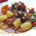 Paprikás krumpli bográcsban, gazdagon