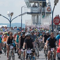 3000 bringás a Balaton körül: hétvégén Tour de Balaton!