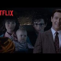 Lemony Snicket narrál A balszerencse áradása Netflix-sorozat új kedvcsinálójában