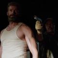 Megy a farokméregetés a Logan első jelenetklipjében