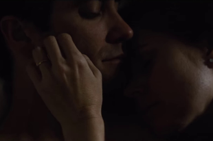Veszedelmes viszonyt ápol Jake Gyllenhaal és Amy Adams
