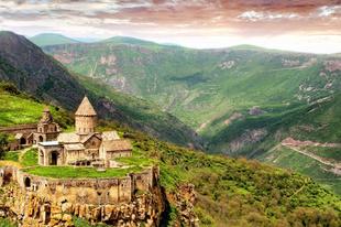 10 elrejtett csodálatos helyszín a világban