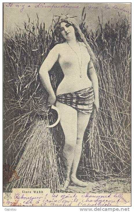 A különleges, egyszerre polgárpukkasztó és erotikus képeket Clara képeslapokon terjesztette.