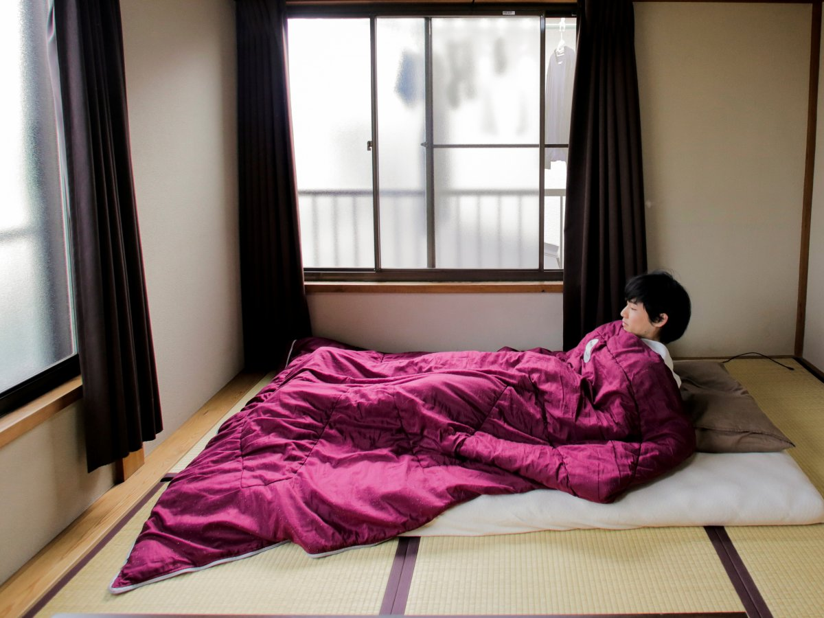 in-japan-some-bedrooms-are-so-stripped-down-they-dont-even-have-beds.jpg