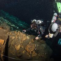 Ráklesen 30 méter mélyen - új barlangi rákfaj a cenotékból