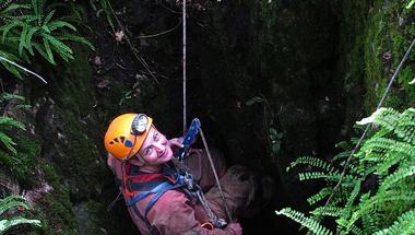 Angyal Dorottya: Élet a barlangok mélyén