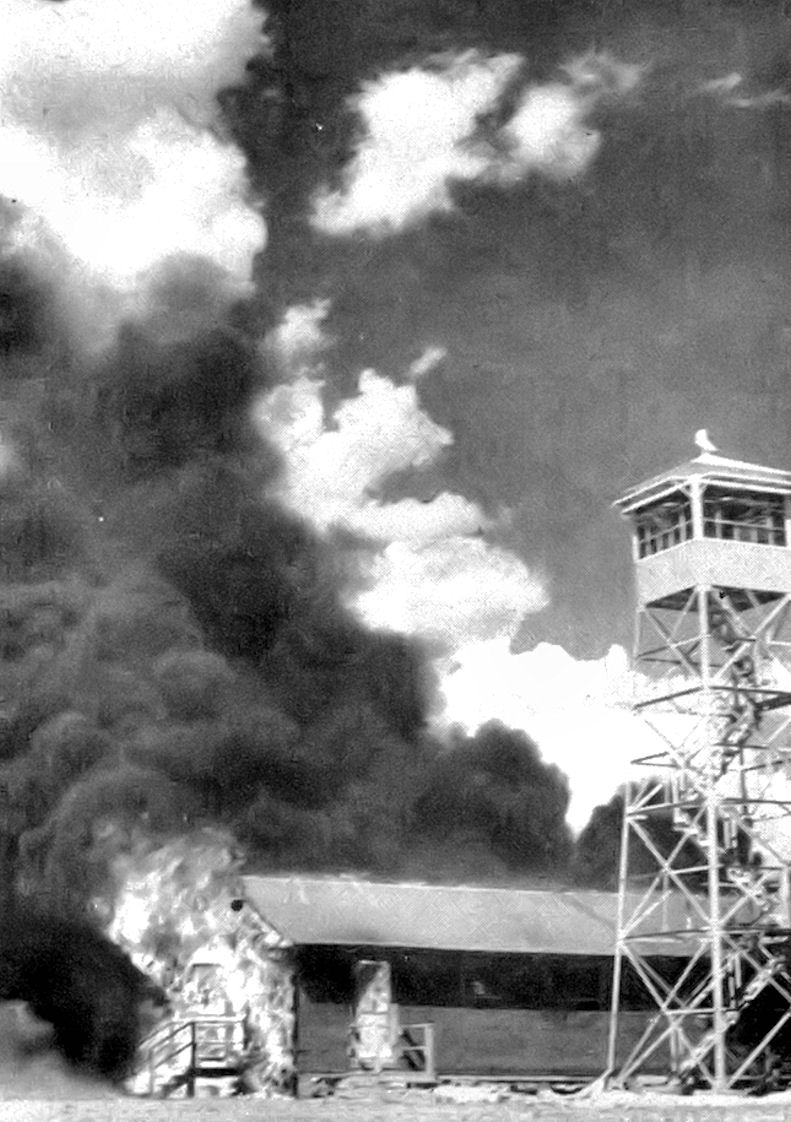 10_kep_carlsbad_aaf_fire_after_bat_bomb_accident.jpg