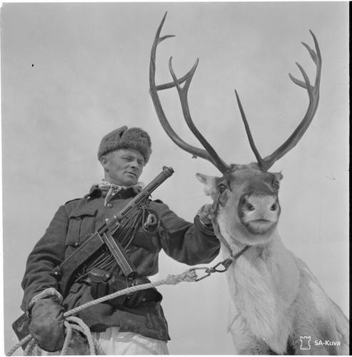 5_kep_finn_renszarvas_finnish_reindeer_soldier.jpg