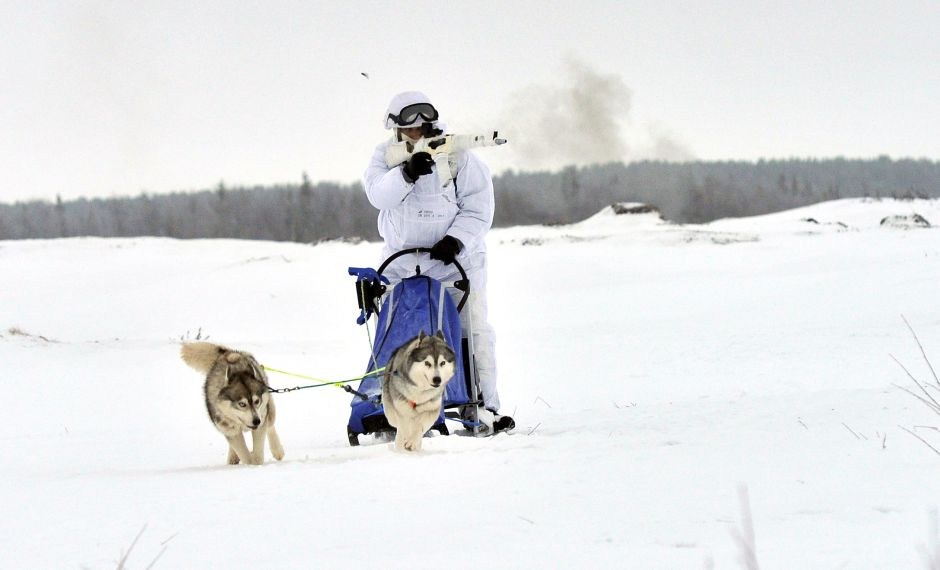 9cbkep_orosz_kutyaszanos_russiaa_army_dogsledger_02.jpg