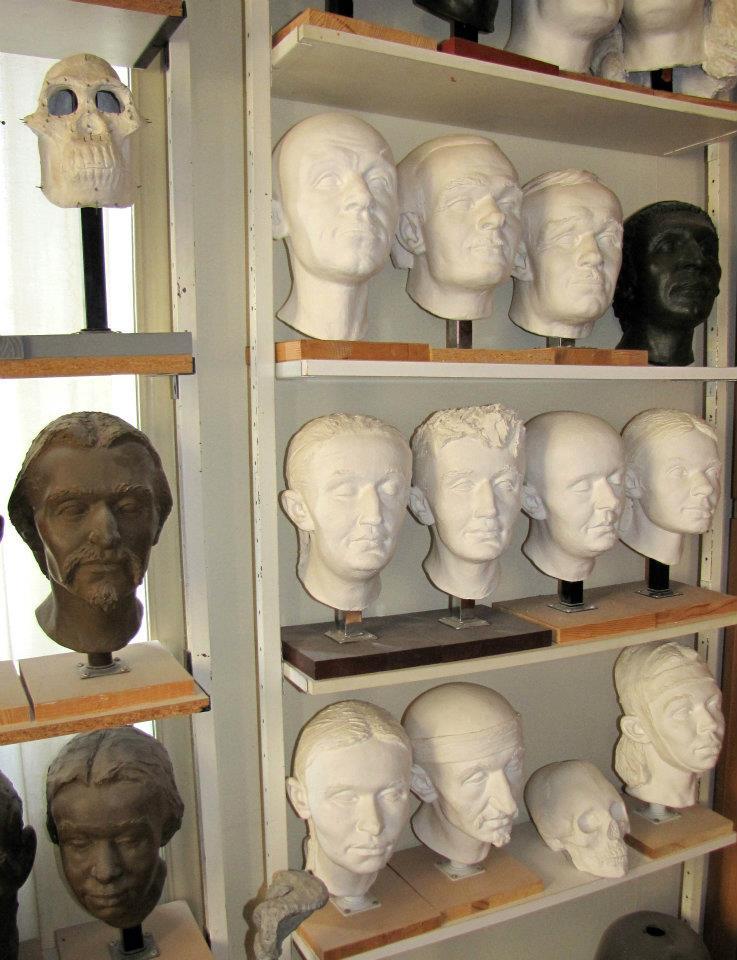 Skultéty Gyula magyar antropológus-szobrász ajándéka