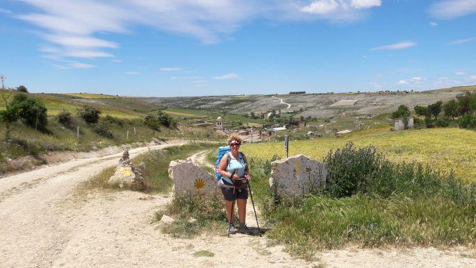 El camino Hontanas határkő, Andreával