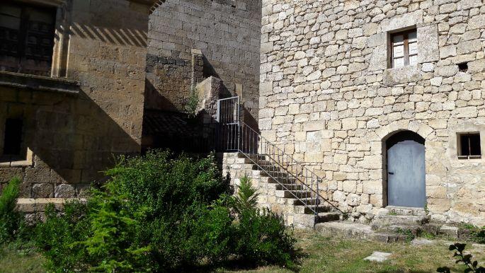 El camino Hontanas, templomkert