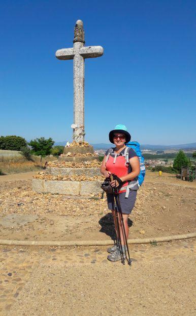 El camino, Cruz de Santo Toribio, a kőkereszt Astorga előtt és jómagam.