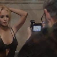 R.E.M. feat. Patti Smith: Blue (videoklip James Franco rendezésében, Lindsay Lohan szereplésével)