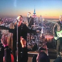 A U2 tetőkoncertje Jimmy Fallon új műsorában
