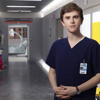 Szinkronhangok: Doktor Murphy (The Good Doctor)