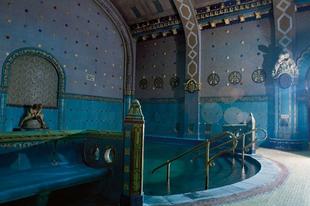Építészeti remekművek fürdőzni vágyóknak