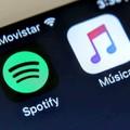 Feleannyi Apple Music mint Spotify előfizető
