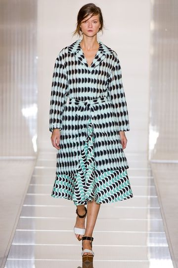 7986_fs.marni.0.00350h1_fashionshow_article_portrait.jpg