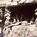 Gyilkos ólomgolyók, védtelen katonák
